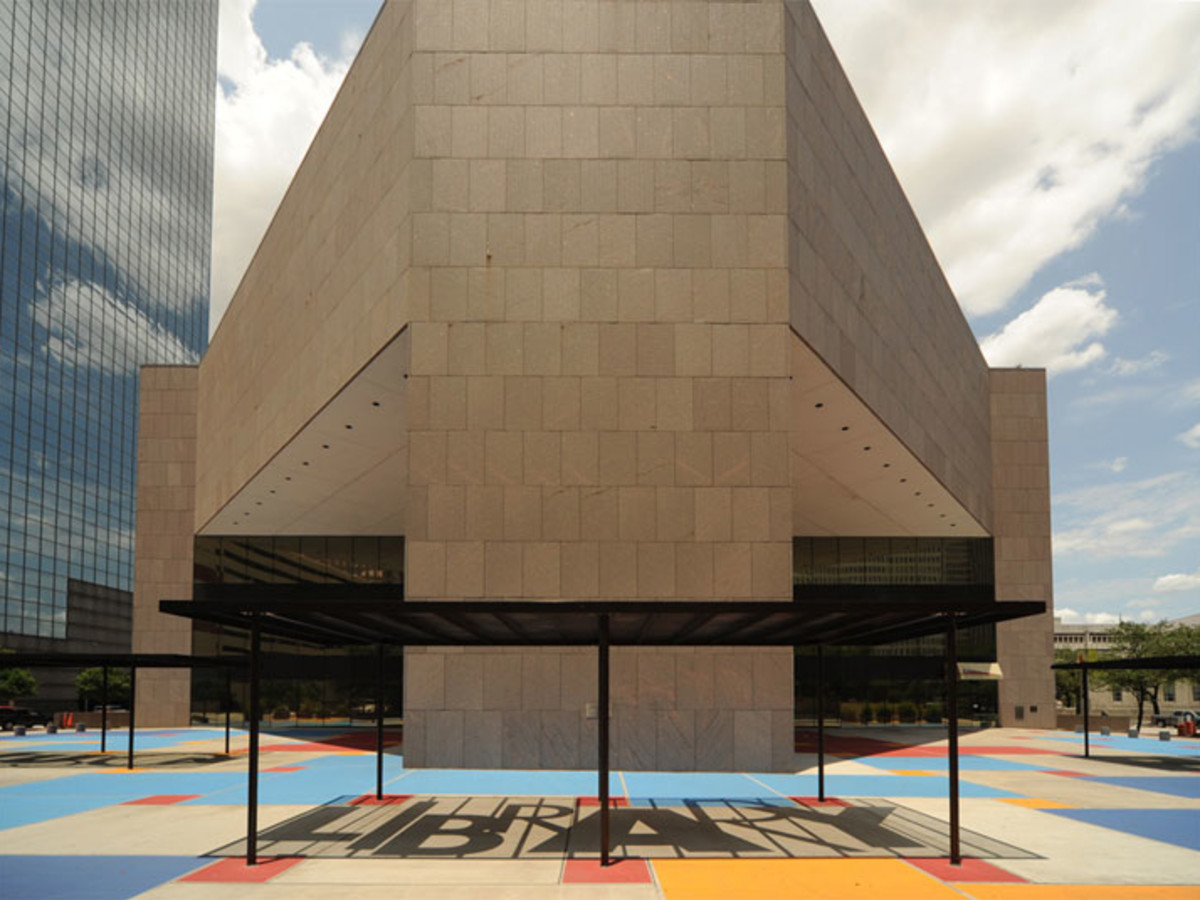 is the houston public library open today