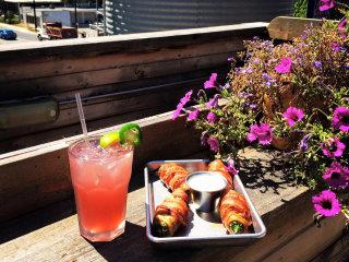 Silo on Seventh Austin restaurant bar east 7th food drink patio view
