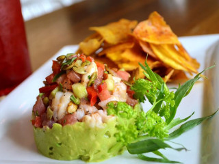 Dive Costal Cuisine, Seafood, Restaurant, Snyder Plaza