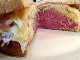 New World Deli reuben