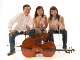 Trio Oriens