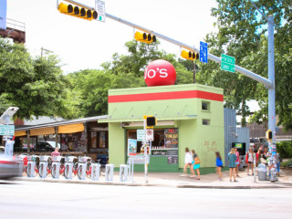 Jo's Coffee South Congress i love you so much mural