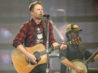 Dierks Bentley at Houston Rodeo 2017