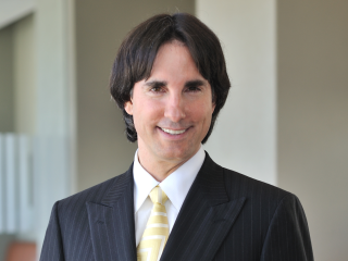 Dr. John Demartini presents Public Talk: 7 Steps on a more Empowered Life