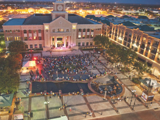 Sugar Land Town Square Presents Art Of Wining And Dining