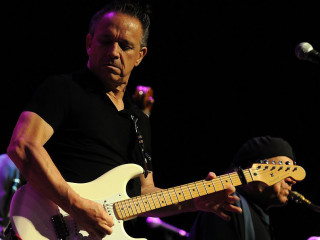 News_Jimmie Vaughan