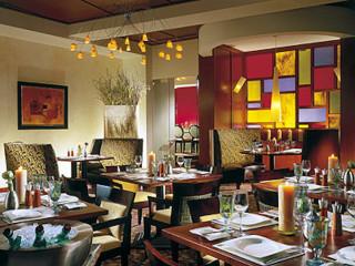 Places-Eat-Quattro-interior-1