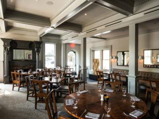 Goodall's Kitchen & Bar_Hotel Ella_interior