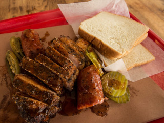 Cooper's Old Time Pit Bar-B-Que sirloin
