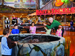 Bass Pro Shops presents Family Fishing Event
