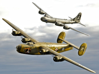 Commemorative Air Force presents Wings Over Dallas WWII