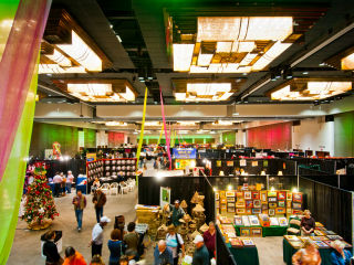 Home for the Holidays Christmas Gift Market