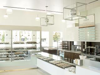 Places-Food-Crave Cupcakes-interior