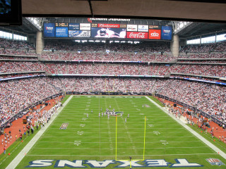 Places_A&E_Reliant Stadium_day_game