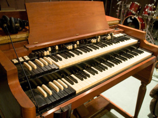 News_Douglas Newman_SugarHill Recording Studios_Booker T_Organ