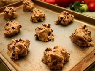 News_old baking sheet_cookie dough