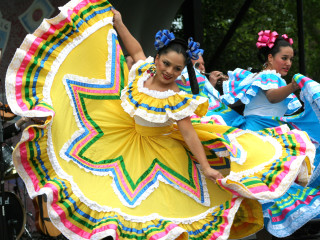 News_Cinco_de_Mayo_dancers