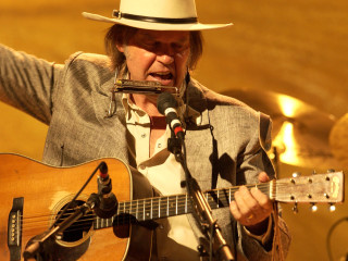 News_Michael D. Clark_Neil Young_concert pick
