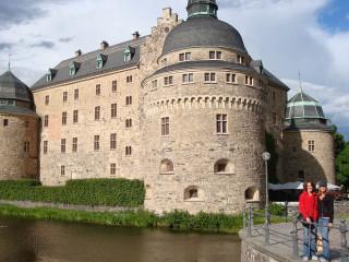 News_Nancy Wozny_dance vacations_Karen Stokes_Teresa Chapman_Orebro Castle_Sweden_