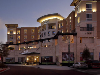 News_AVIA Hotels_The Woodlands_exterior