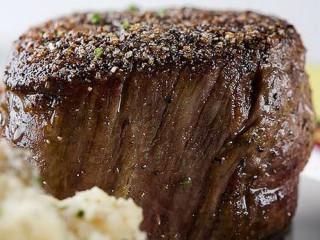 News_III forks_steak
