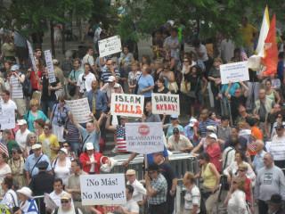 News_mosque_protests_Ground Zero