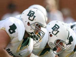 News_Baylor_Baylor Bears_football_football players_helmets