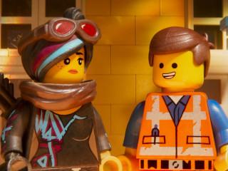 Wyldstyle (Elizabeth Banks) and Emmet (Chris Pratt) in The LEGO Movie 2: The Second Part