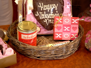 Schakolad Valentine's Day gift baskets