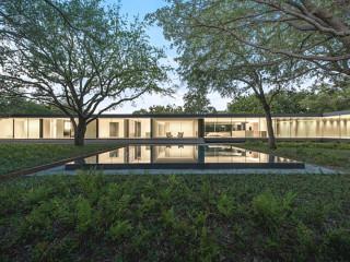 365 Modern Living: The House on Ricks