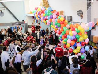 Noon Year's Eve Balloon Drop & Bubble Wrap Stomp