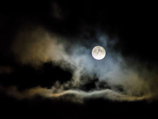 Bodhisattva Full Moon Ceremony