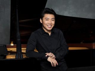 Pianist George Li