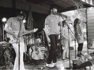 Heartbyrne - Talking Heads tribute band