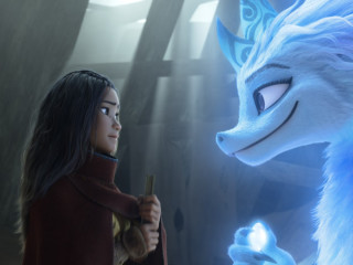 Raya (Kelly Marie Tran) and Sisu (Awkwafina) in Raya and the Last Dragon