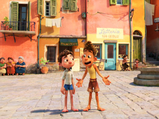 Luca (Jacob Tremblay) and Alberto (Jack Dylan Grazer) in Luca