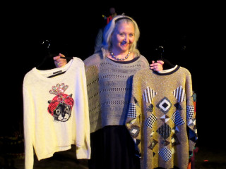 Elaine Liner in Sweater Curse