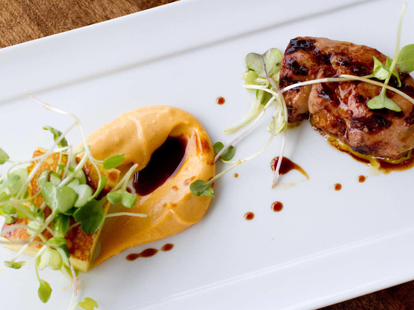 Austin Photo Set: News_Jessica Dupuy_where to eat april 2012_barely swine