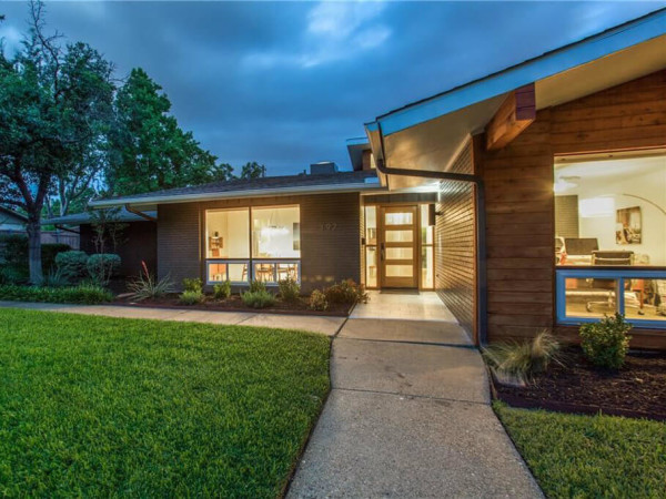 3923 Weeburn Dr. Dallas house for sale