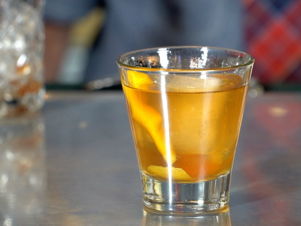 Dallas bartender Charlie Pap makes the figgy old fashioned