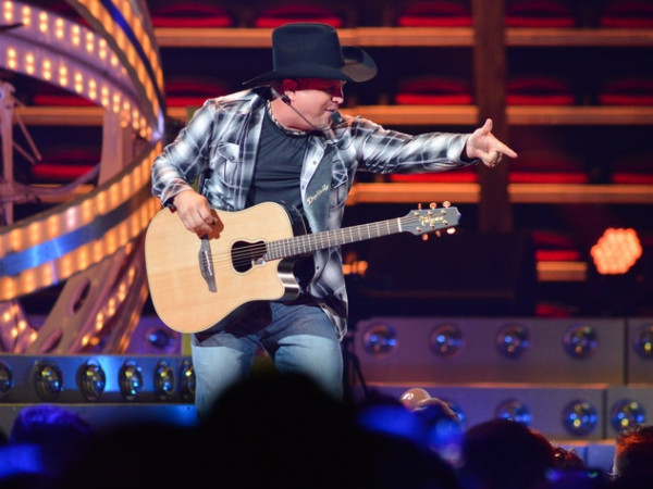 Garth Brooks small