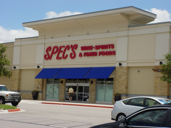 Exterior of Spec's liquor at Arbor Walk