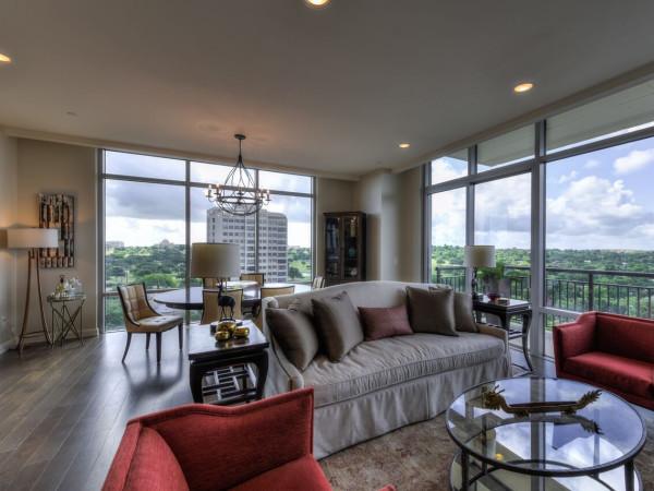 San Antonio home condo Broadway Residences 4242 Broadway Street April 2016 great room