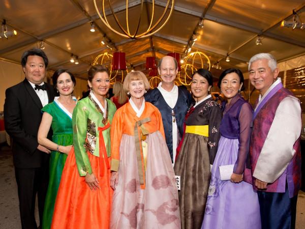 Asia Society Tiger Ball, March 2016, Alexander and Lou Ann Chae, Bonna Kol, Nancy C. Allen, Edward R. Allen III and Chinhui Juhn, Susan and Michael Jhin