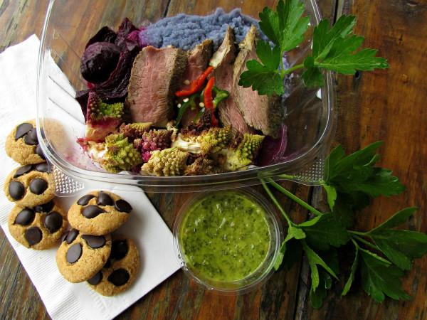Picnik Austin food trailer seasonal paleo gluten free meals cookies