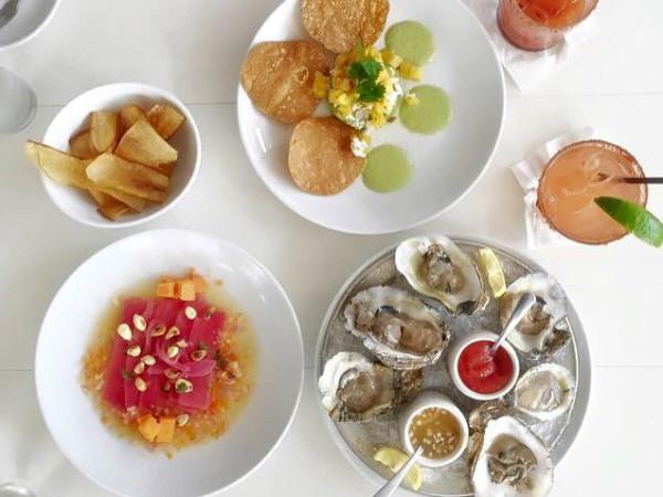 Alcomar Mariscos y Mas Austin restaurant seafood oysters 2015