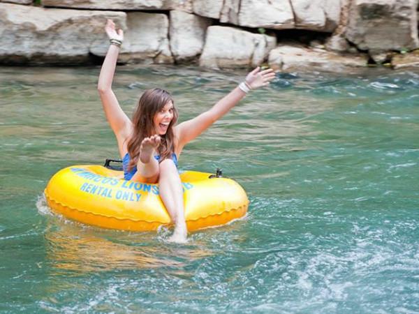 Tubing float San Marcos River Lions Club Tube Rental