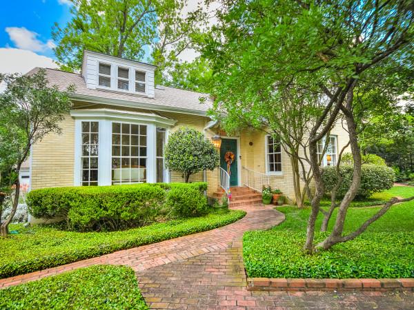 205 Zambrano San Antonio house for sale