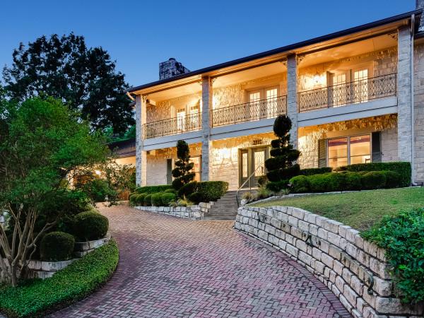 Austin house_3500 Day Star