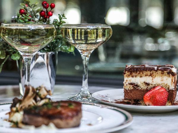 Mercat Bistro dessert and champagne